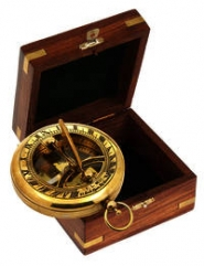Tobago Sonnenuhr/Kompass